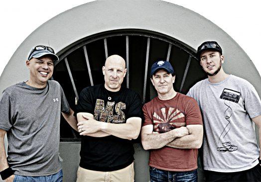 Live Band – 3siXty